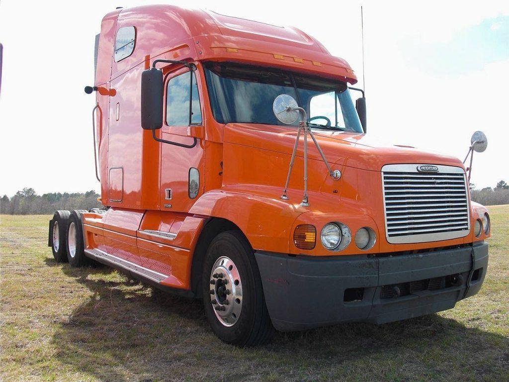 2004_freightliner_century
